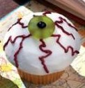 Halloween desserts eyeball cupcakes