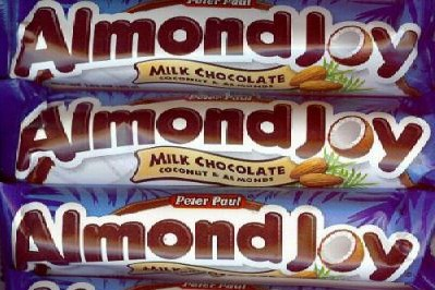 How Do You Make Homemade Almond Joy Candy Bars?